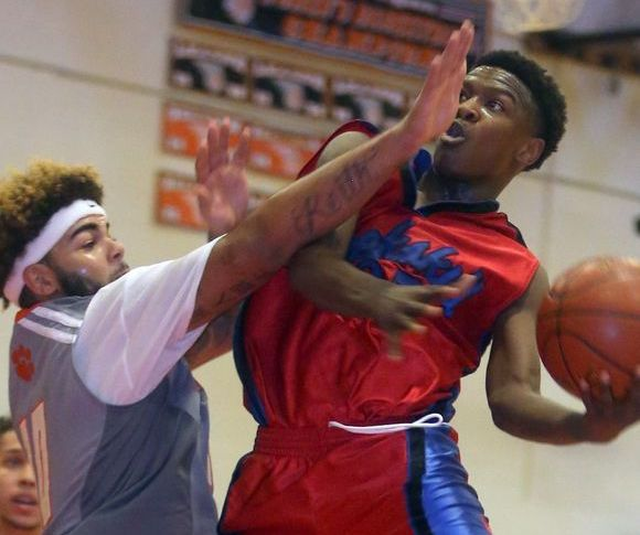 "PHS' Shion Darby Named One of LoHud's ""Super 7"" for the 2017 Basketball Season"