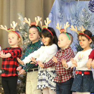 Uriah Hill Holiday Sing-a-Long (In Photos)