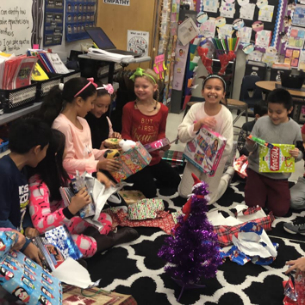 Dual Language Students Celebrate the Season with Writing Activities and Gift Exchange